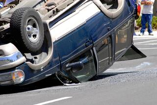 How to deal with Insurance Companies after my Car Accident?