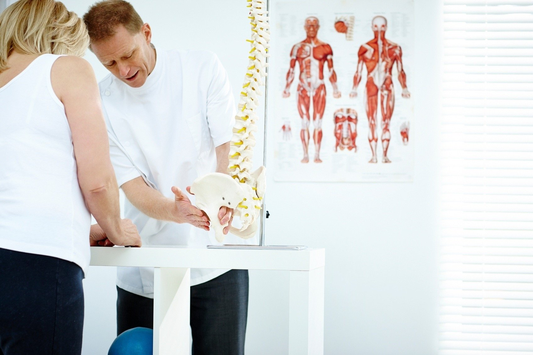 How a Chiropractor Can Treat Back Pain