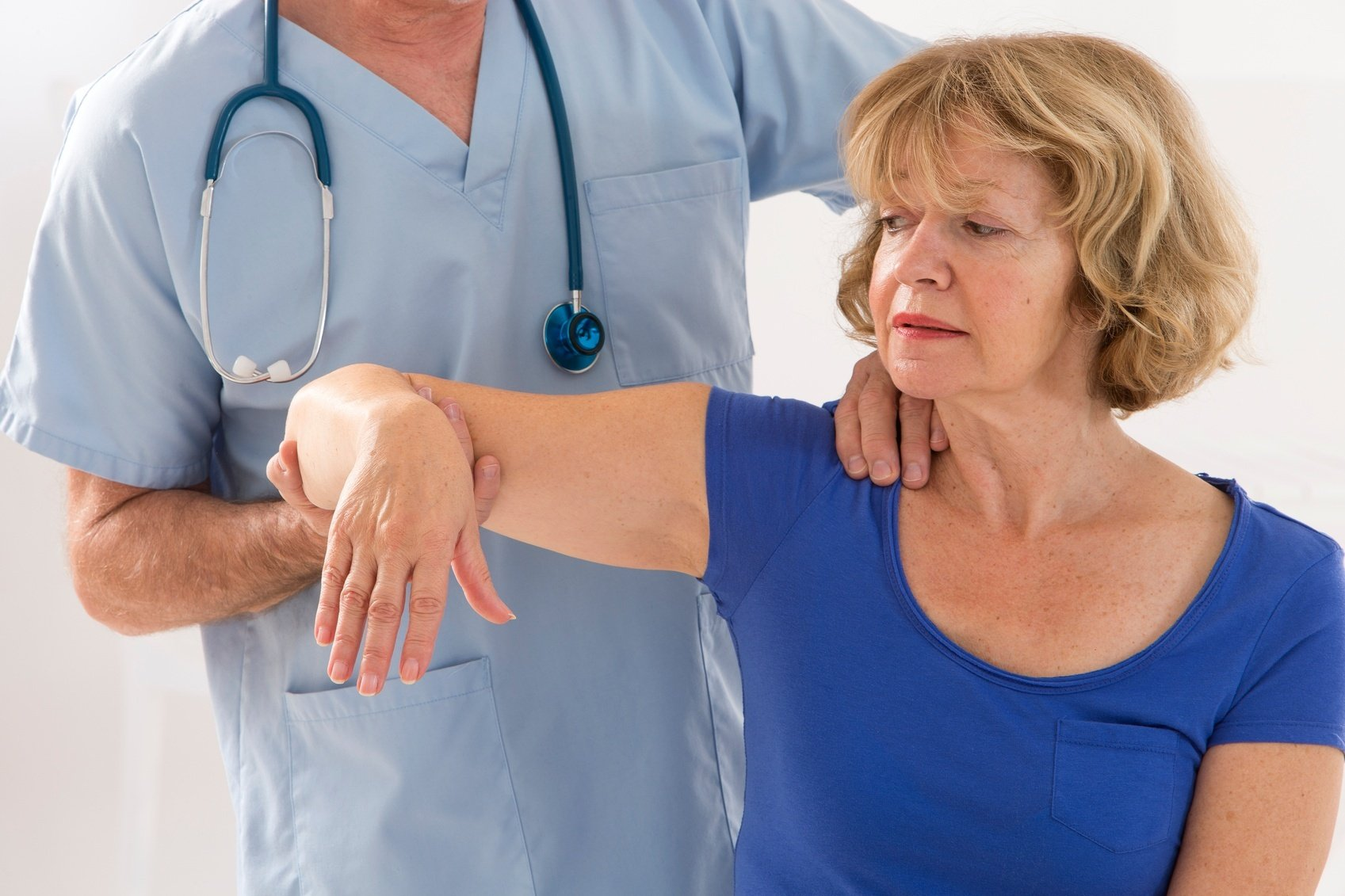 Chiropractor's can help relieve the symptoms of whiplash